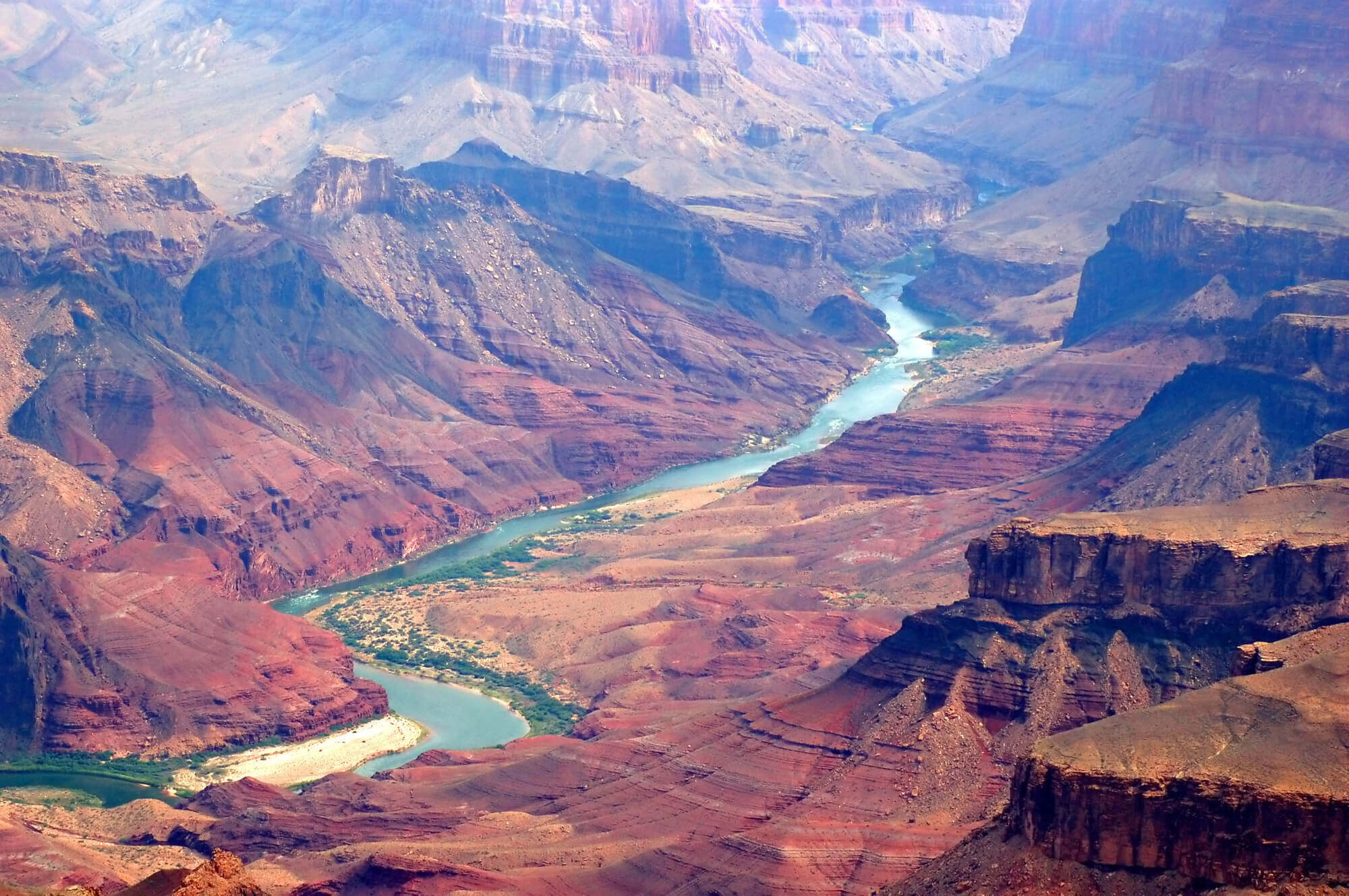 What cities are close to the Grand Canyon?